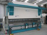 Nuova pressopiegatrice Vimercati - 200 tonn. per 5 mtl