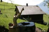 Brunnen hinter dem Haus