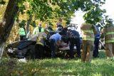 Bridgeport Ave. Extrication (Shelton, CT) 10/26/06