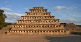 Pirámide de los NichosWestside