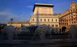 Piazza De Ferrari ed il Teatro Carlo Felice