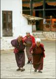 Pilgrims, Paro Dzong