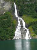 Wooer's Falls (bottle shaped rocks)