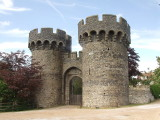 Cooling Castle,the gateway