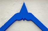 The blue arrow