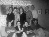 Ollie Ann Lloyd Fingleman with her children