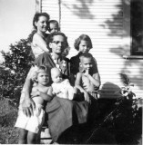 Ollie and Etta Fingleman and children