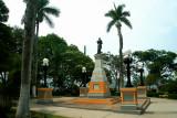 This monument to Manuel Bonilla stands in in Parque La Leona.