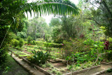 This is one of the landscaped gardens found in Parque Naciones Unidas.