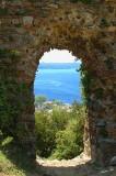 04479 - Window for the sea. / Anadolkavaði castle - Anadolo Kavaği - Turkey