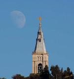 05078 - The moon of the church / Jerusalem - Israel