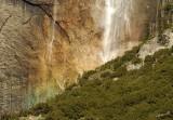 05430 - The rainbow in the falls / Yosemite NP - CA - USA
