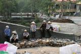 Ouvrières, près de la pagode des Parfums - Vietnam
