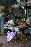 Confection de chapeaux chinois, près de Hoi An - Vietnam