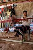 Tisseuse sur soie, à Xa Lat - Vietnam