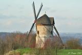 Le moulin à vent de Watten dans le Nord de la France.
