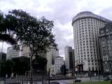 Praça e Ed. Serrador ao fundo