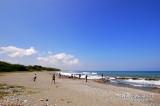 beach along the road 01695.jpg