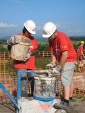 Mixing using the lime mortar mixer