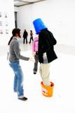 Erwin Wurm: One minute sculpture