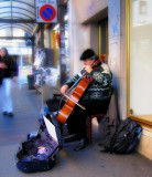 Symphony for violoncello and city bus