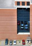 le parking dans la vitrine