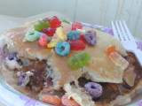 Black Sabbath Pancakes mit gummy bears & fruit loops @ Camp Carp