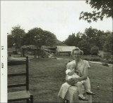Hester Bennett Coon (1905-1994) and grandchild