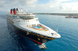 Oceangoing cruise ships