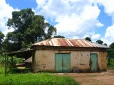 Mundri house