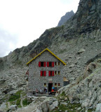 sorieller hut below Aguille Dibona