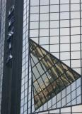 REFLET DES INVALIDES sur l'immeuble DEXIA (Quai de Grenelle)...!!!