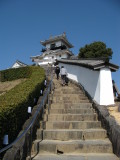 Ascending the steps to Kakegawa-jō