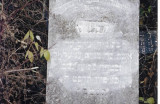 (This gravestone needs to be translated.)