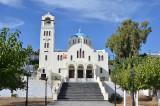 01_A church in Emporio.jpg