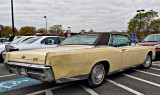 1966 Lincoln Continental - See front view below.