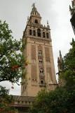 La Giralda ancien minaret de la Grande Mosquée devenu clocher de la Cathédrale après la reconquête de la ville