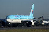 KOREAN AIR BOEING 777 200 SYD RF 5K5A4088.jpg