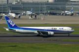 ANA BOEING 767 300 HND RF 5K5A4756.jpg