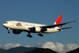 JAPAN AIRLINES BOEING 777 200 FUK RF IMG_0919.jpg