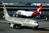 ETIHAD QANTAS AIRCRAFT JNB RF 5K5A9934.jpg