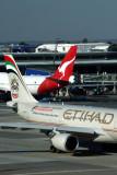 ETIHAD QANTAS AIRCRAFT JNB RF 5K5A9936.jpg