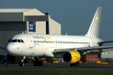 VUELING AIRBUS A320 LHR RF 5K5A0951.jpg