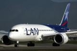 LAN BOEING 787 8 SCL RF 5K5A2609.jpg