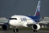 LAN AIRBUS A319 SCL RF5K5A2550.jpg