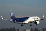 LAN AIRBUS A320 SCL RF 5K5A2136.jpg
