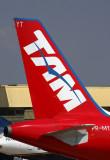 TAM AIRBUS A320 VCP RF 5K5A2958.jpg