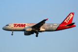 TAM AIRBUS A320 GRU RF 5K5A9465.jpg