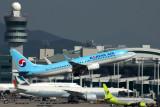 KOREAN AIR BOEING 737 800 ICN RF 5K5A0026.jpg