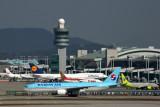 KOREAN AIR BOEING 777 200 ICN RF 5K5A0059.jpg